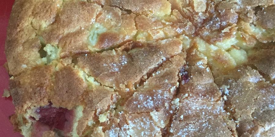 A bis Z Backchallenge Woche 5: E wie Erdbeer-Rhabarber-Kuchen