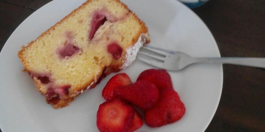 A bis Z Backchallenge Woche 10: J wie Joghurt-Erdbeer-Kuchen