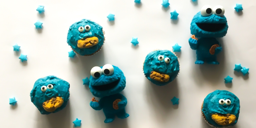 A bis Z Backchallenge Woche 15: O wie Oreo-Cookie-Monster-Cupcakes