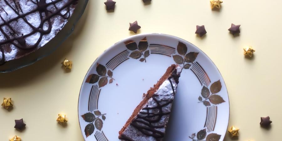 A bis Z Backchallenge Woche 18: R wie Rumrosinen-Kuchen mit Mohn und Schokolade